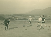 Trénink dřívějších fotbalistů